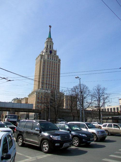 """Гостиница """"Ленинградская"""" в Москве"""