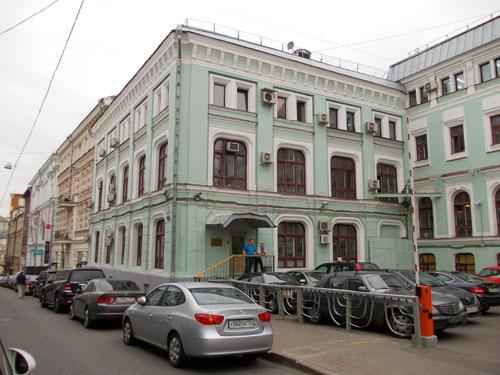 Здание театра Солодовникова на Кузнецком Мосту