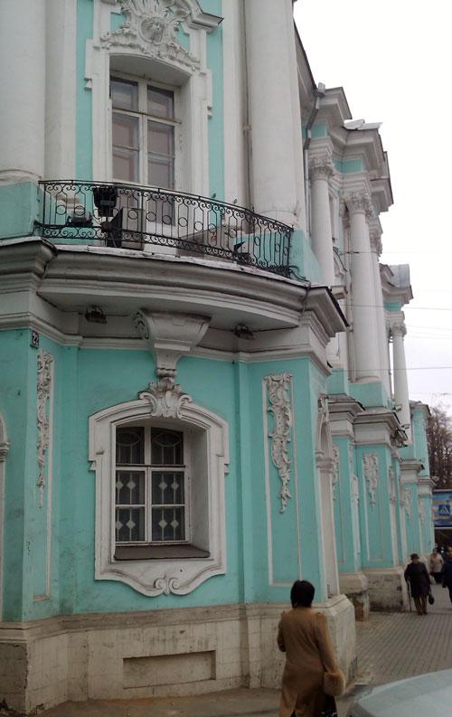 Дом-комод на улице Покровка в Москве