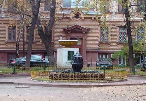 Доходный дом Шереметева в Романов переулке, 3