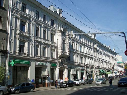 Москва, улица Петровка, дом 19