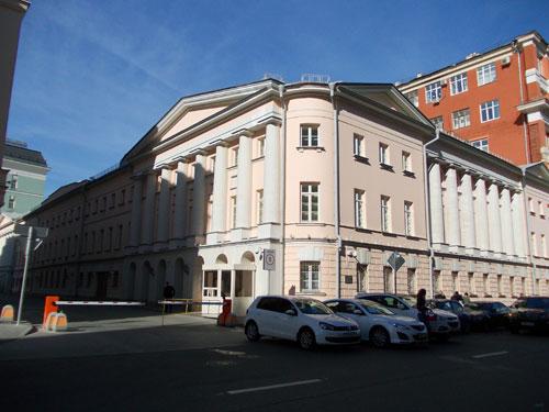 Улица Петровка, дом 3 в Москве