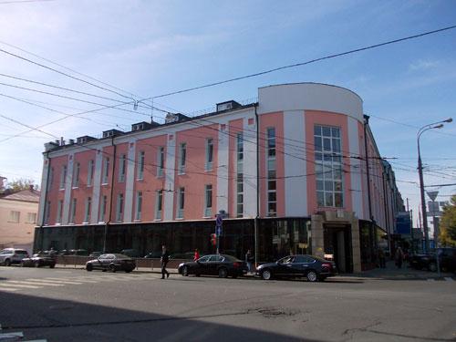 Улица Петровка, 27 в Москве