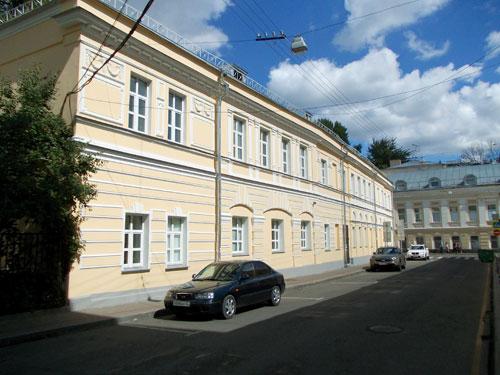 Флигель усадьбы Кошелева-Абрикосовой в Сверчков переулке