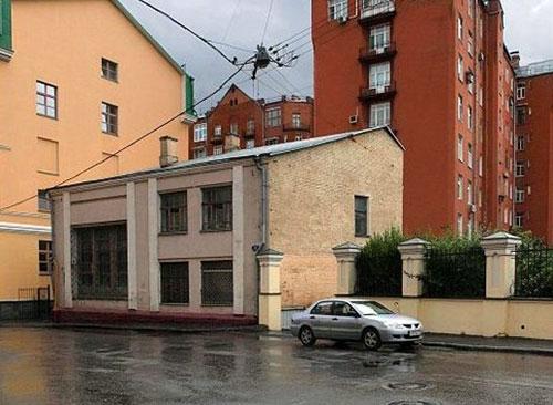 Бобров переулок, 8 в Москве - Скульптурная мастерская