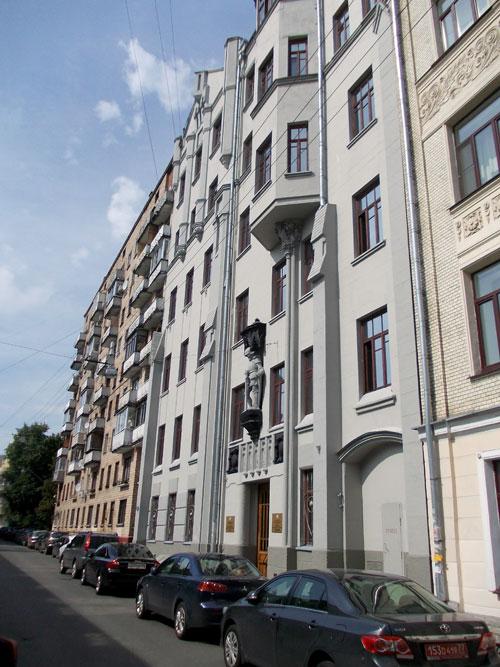 Гусятников переулок, дом 11 в Москве
