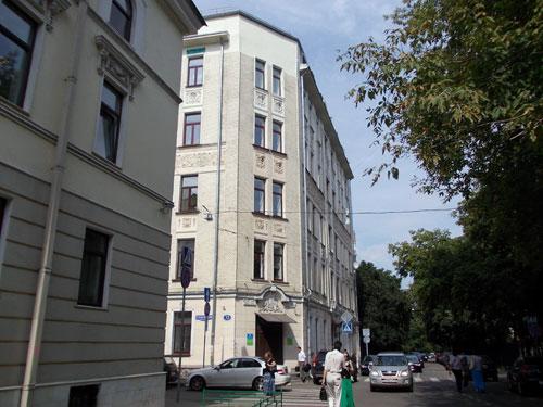 Гусятников переулок, дом 13 в Москве