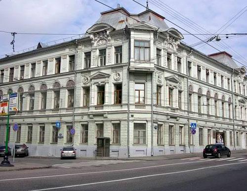 Большая Лубянка, 11 - Торговый дом Лухманова