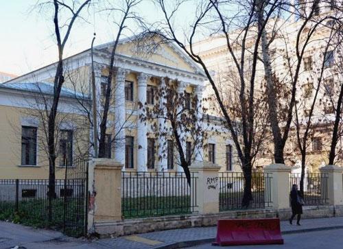Сивцев Вражек 24 - Калошин переулок 2 в Москве