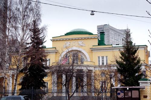 Спасопесковский переулок, 10 в Москве