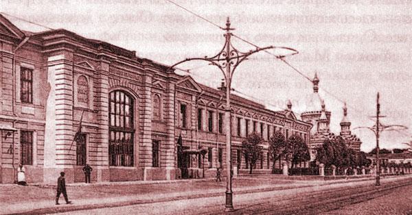 Клиники акушерства и гинекологии на улице Еланского в Москве