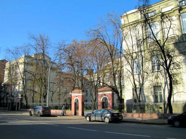 Переулок Хользунова, 14 и 16 в Москве