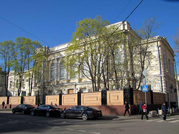 Гимназия Шелапутина в переулке Хользунова в Москве