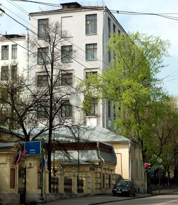 Новая Басманная улица, дом 20 в Москве