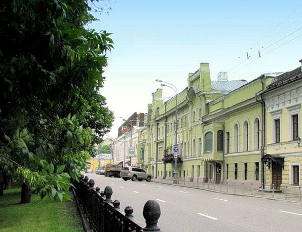 Тверской бульвар, дом 18 в Москве