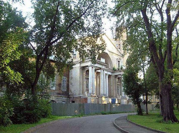 Улица Казакова, дом 18 в городе Москве