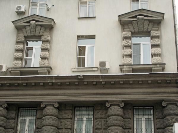 Дом Спасо-Влахернского монастыря на Малой Дмитровке в Москве