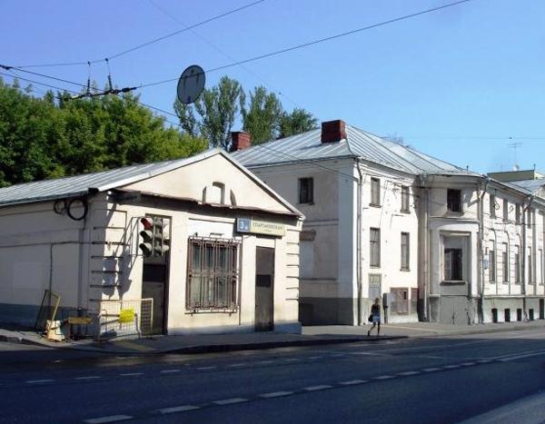 Усадебный дом Савиных на Спартаковской улице в Москве