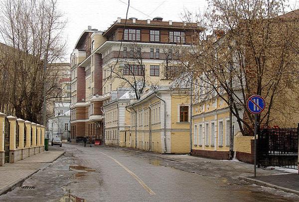 1 Кадашевский переулок, дом 10 в Москве