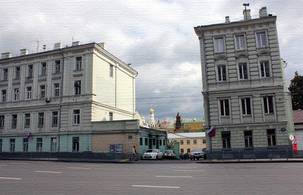 Улица Моховая, дом 10 в Москве