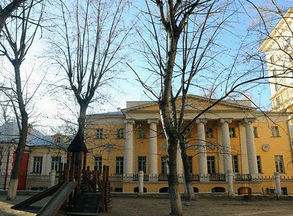 Подколокольный переулок, дом 16 в Москве