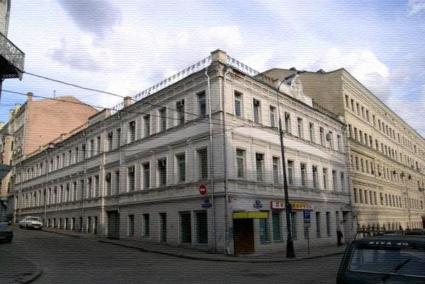 Улица Рождественка, дом 2 в Москве