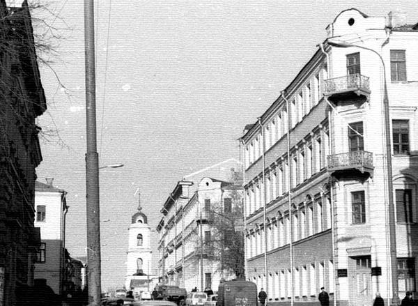 Усадьба Чекойского-Калмыкова-Мышецкого на Рождественке в Москве