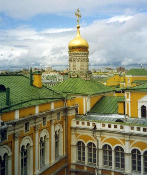 Церковь Рождества Богородицы на Сенях в Кремле