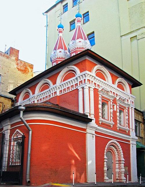Храм святых Космы и Дамиана в Старых Панех в Москве