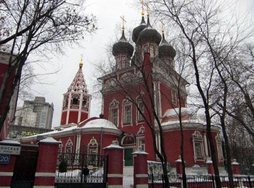 Храм Ризоположения на Донской улице в Москве