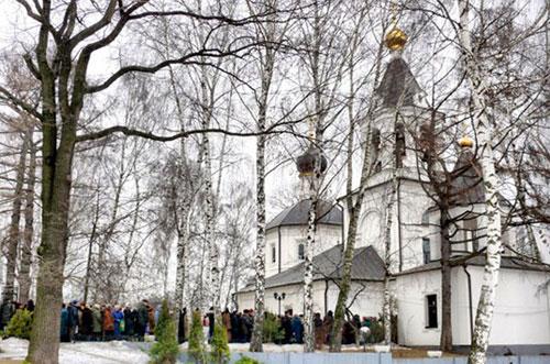 Храм Ризоположения Пресвятой Богородицы в Леонове