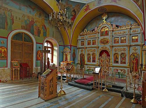 Рождественский храм в Первом Капотненском проезде в Москве
