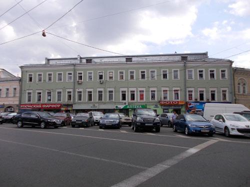 Улица Мясницкая, дом 10. Вятское подворье в Москве.