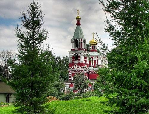 Храм мученицы Параскевы Пятницы в селе Качалове