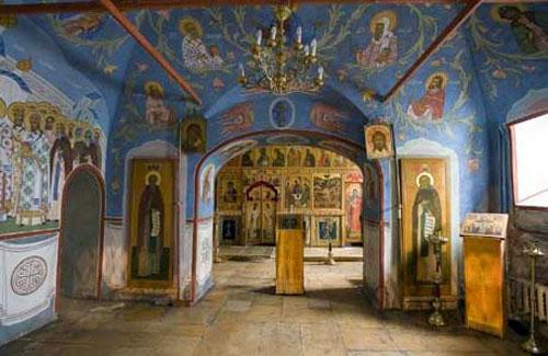 Внутренние помещения церкви Николая Чудотворца в Кленниках на Маросейке