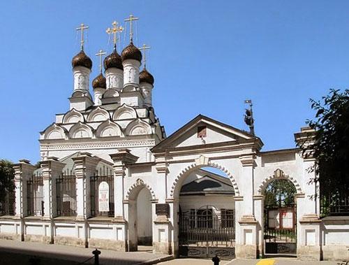Храм святителя Николая Чудотворца в Голутвине