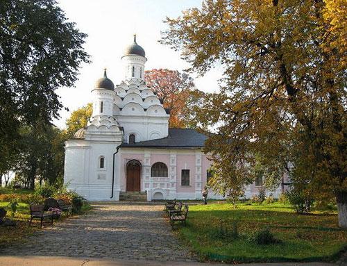 Храм Троицы Живоначальной в Хорошеве