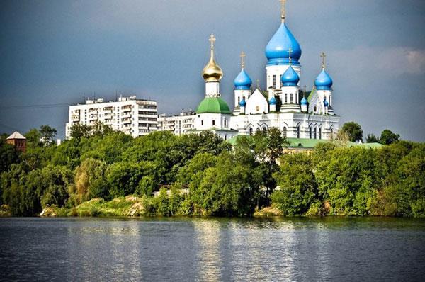 Николо-Перервинский монастырь в Москве