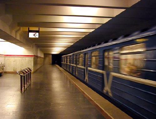 Первомайская станция метро