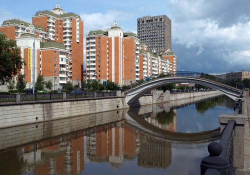 Рубцов мост на Яузе в Москве