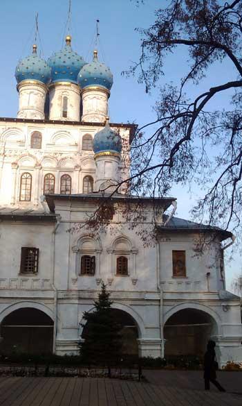 Коломенское. Церковь Казанской иконы Божией Матери. Фото 3