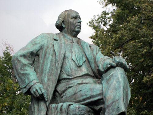 Писатель Алексей Николаевич Толстой