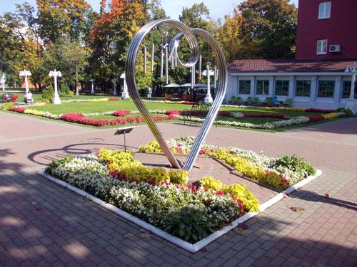 Памятник Всем Влюбленным в Москве