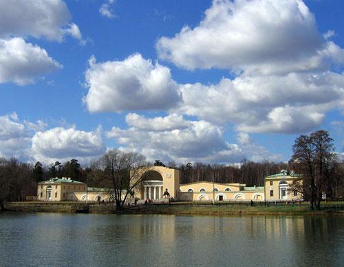 Природно-исторический парк «Кузьминки-Люблино» в Москве