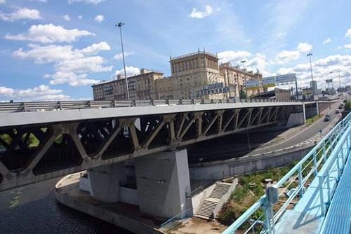 Дорогомиловский мост в Москве