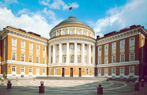 Здание Сената в московском Кремле