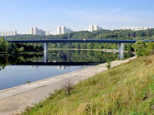 Крылатский мост в Москве