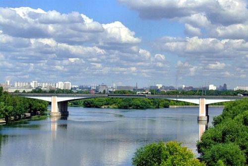 Строгинский мост в Москве