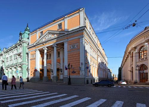 Биржевая площадь в Москве