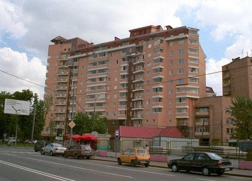 Большая Декабрьская улица в Москве